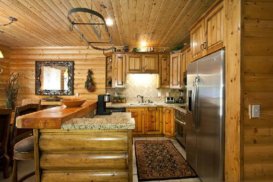 Black Bear Lodge Condos: Black Bear Lodge kitchen