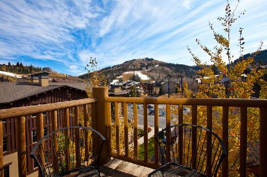 Black Bear Lodge Condos: View of Deer Valley Resort from Black Bear Lodge