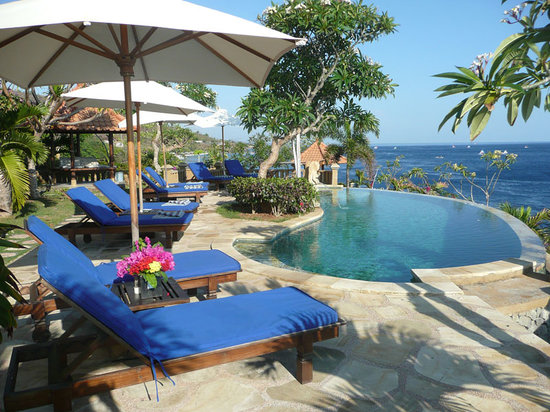 Blue Moon Villas: ONE OF OUR THREE POOLS
