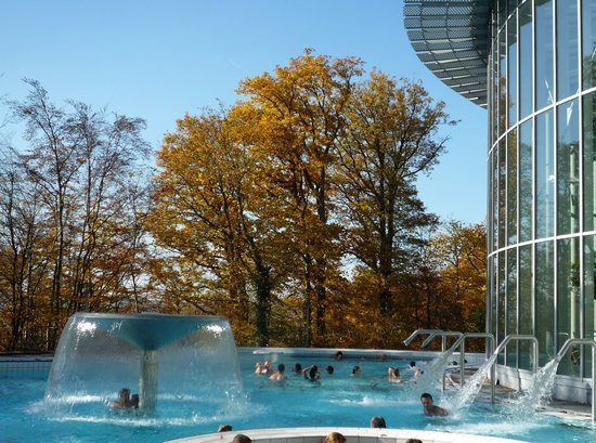 Les thermes de spa belgium hours address top rated for Piscine miroir belgique