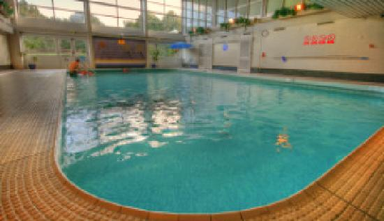 swimming pool picture of quality hotel leeds selby fork south milford tripadvisor