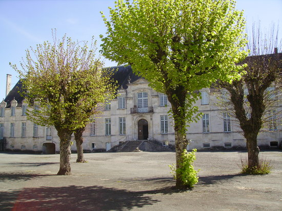 Photo of Abbaye Royale St. Jean d'Angely