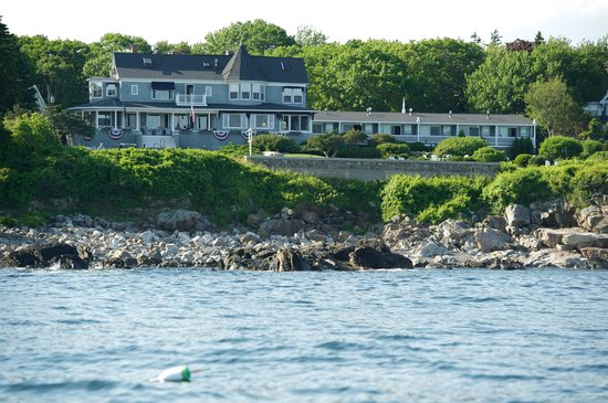Cape Arundel Inn: Kennebunkport's Only Oceanfront Inn & Restaurant