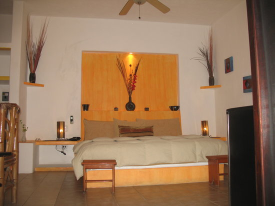 Casita de Maya : Our Deluxe King Bedroom