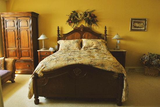Mainstay Oasis Bed and Breakfast: Suite Serenity