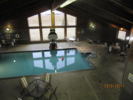 AmericInn Lodge & Suites Tomah: Nice pool and hot tub!