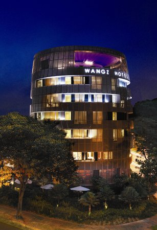 Wangz Hotel: Facade