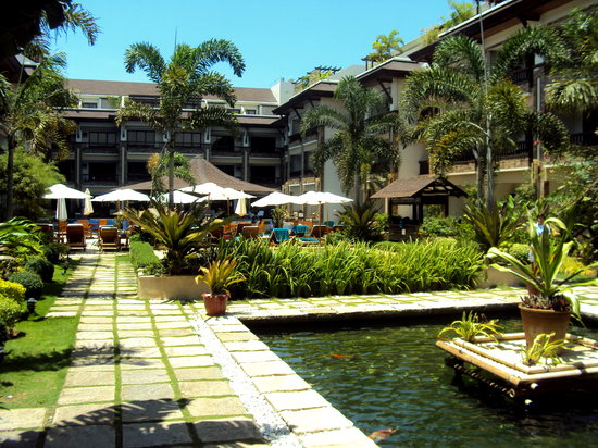 Boracay Regency: the koi pond :)