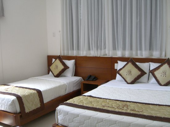 Giang Son Guesthouse: Nice Large room
