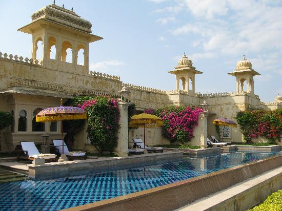 The Oberoi Udaivilas: semi-private pool