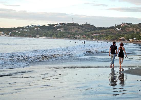 San Juan del Sur Beach - Romantic Walk
