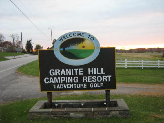 Granite Hill Camping Resort: Entry Sign