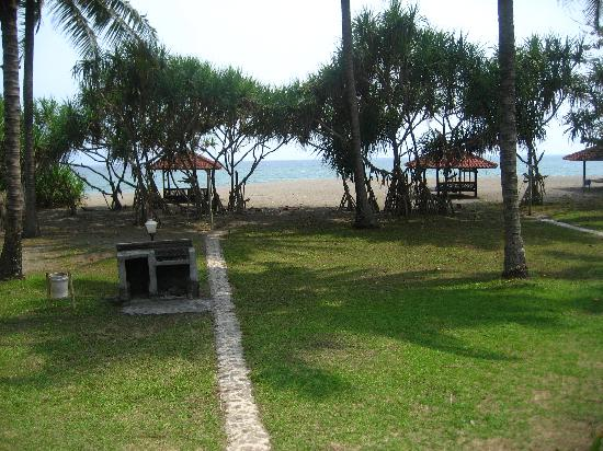 Pelabuhan Ratu, Indonesia: Beachview from Bungalow