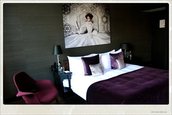 Canal House: Deluxe Room