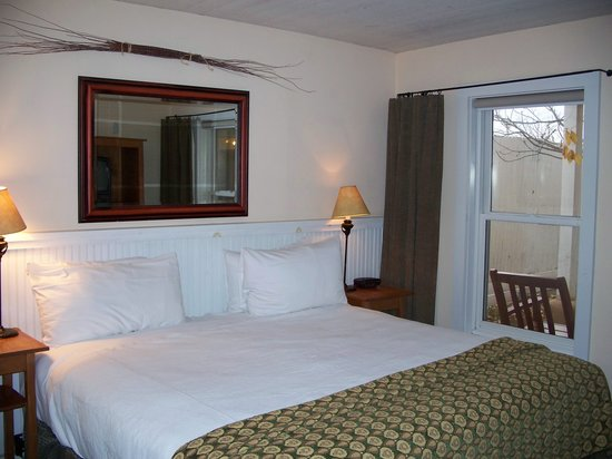 Las Palomas Inn Santa Fe: Clean and comfortable room