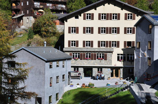 ‪Zermatt Youth Hostel‬