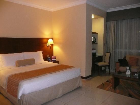 Al Rawda Arjaan by Rotana: Our room