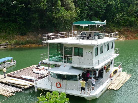 Gerik, : House Boat
