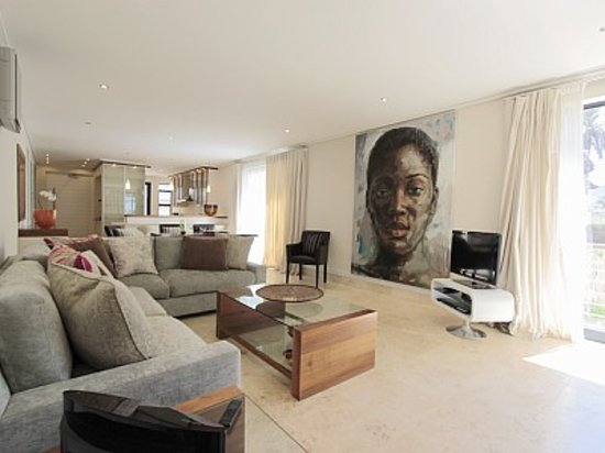 Harbour House Hotel: living-room