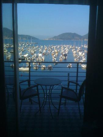 Hotel Shelley Delle Palme: Looking out to the balcony of Rm 208