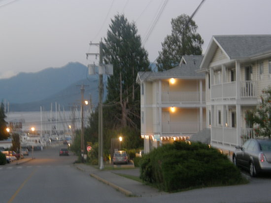 Photo of Ritz Inn Gibsons