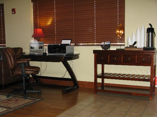 Wichita Inn North: Business Center
