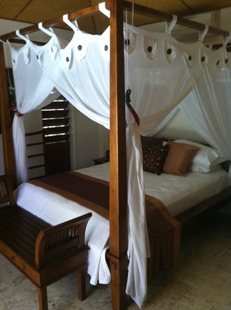 Manta Ray Bed and Breakfast: Bedroom
