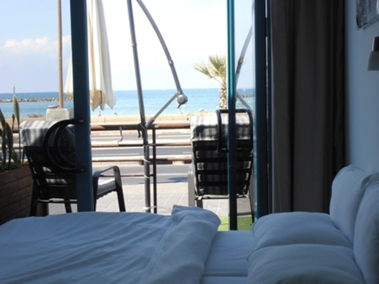 Beachfront Hotel: Double room Sea view