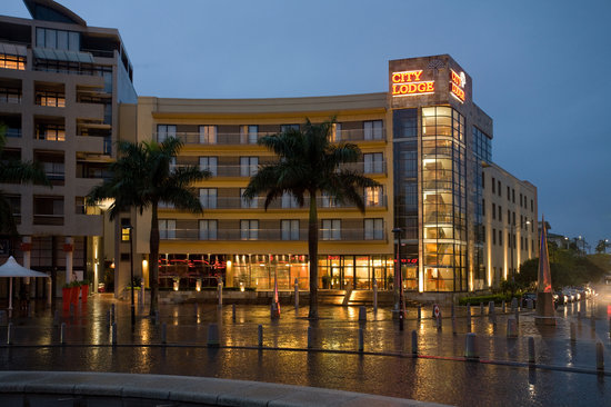 City Lodge Umhlanga Ridge: City lodge hotel front view