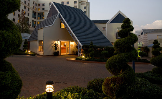 Photo of Courtyard Hotel Sandton