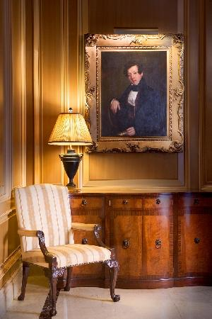 Sir Stamford at Circular Quay Hotel Sydney: A Corner of the Lobby