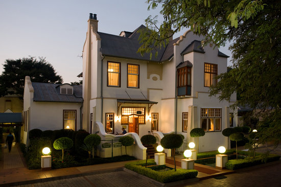 Photo of Courtyard Hotel Arcadia Pretoria