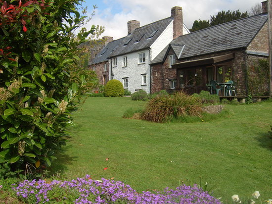 Red Hart Cottage Bed and Breakfast