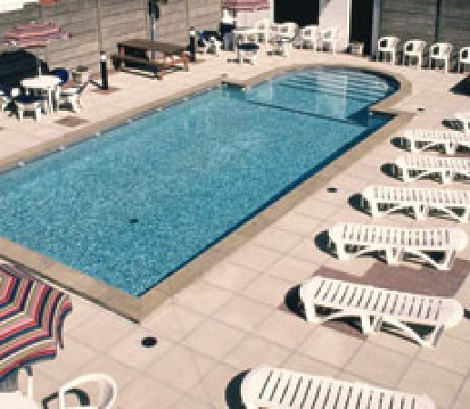 Outdoor swimming pool picture of doric hotel blackpool - Blackpool hotels with swimming pool ...