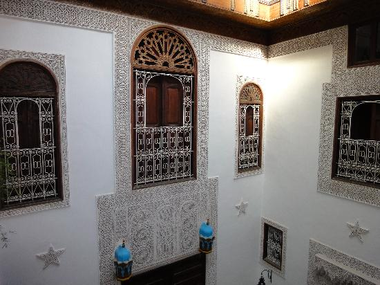 Riad Boujloud: Details from first floor