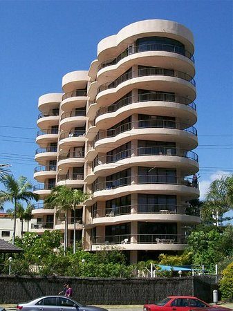 Photo of Warringa Surf Apartments Surfers Paradise
