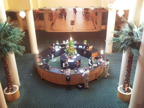 The Florida Hotel and Conference Center: Frontdesk