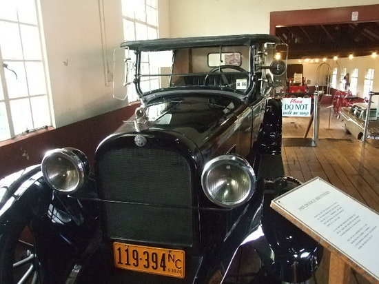 Photos of Grovewood Gallery and Car Museum, Asheville