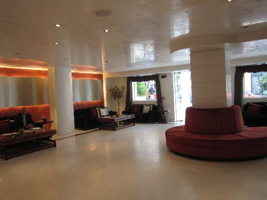 Piraeus Theoxenia Hotel: Lobby