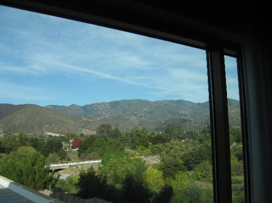 Pala Casino Resort and Spa: Mountain View room
