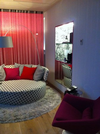 Hotel Missoni Edinburgh: sitting area