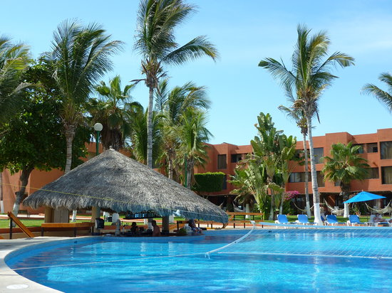 Holiday Inn Resort Los Cabos All-Inclusive: The main pool