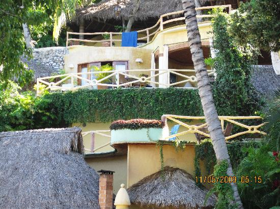 301 moved permanently for Villas sayulita