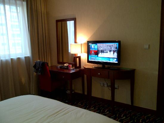 Cassells Al Barsha Hotel: Chambre Junior Suite