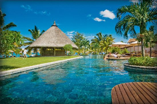 LUX Le Morne: Oasis Pool