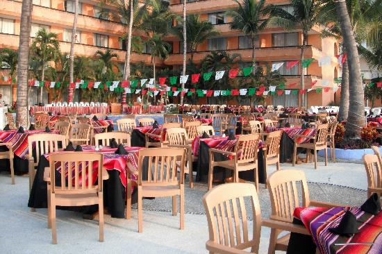 Las Palmas by the Sea: Fiesta Mexicaine!