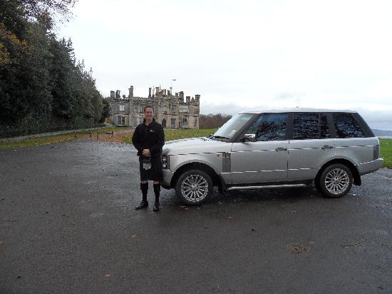 matthew our chauffeur with luxury range rover. Black Bedroom Furniture Sets. Home Design Ideas