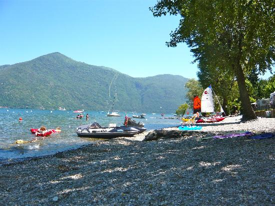 Cannobio, Italien: Privatstrand