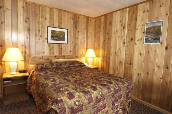 Cedar Lodge Inn: Newly Remodeled Rooms