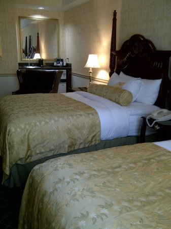 Ayres Hotel Anaheim: The most comfortable beds